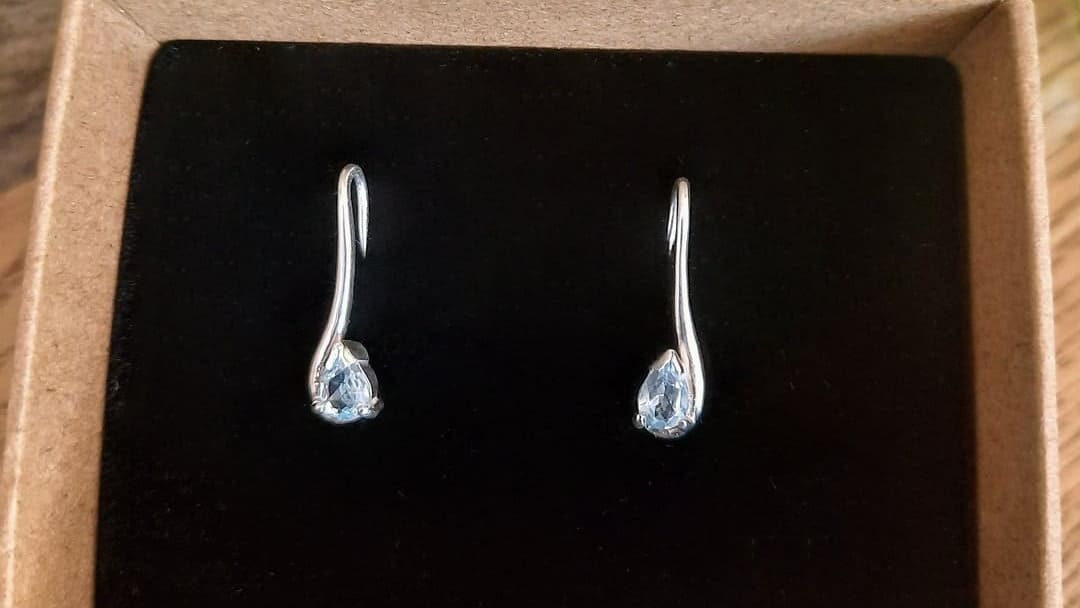 Stirling silver with pear shaped sky blue topaz